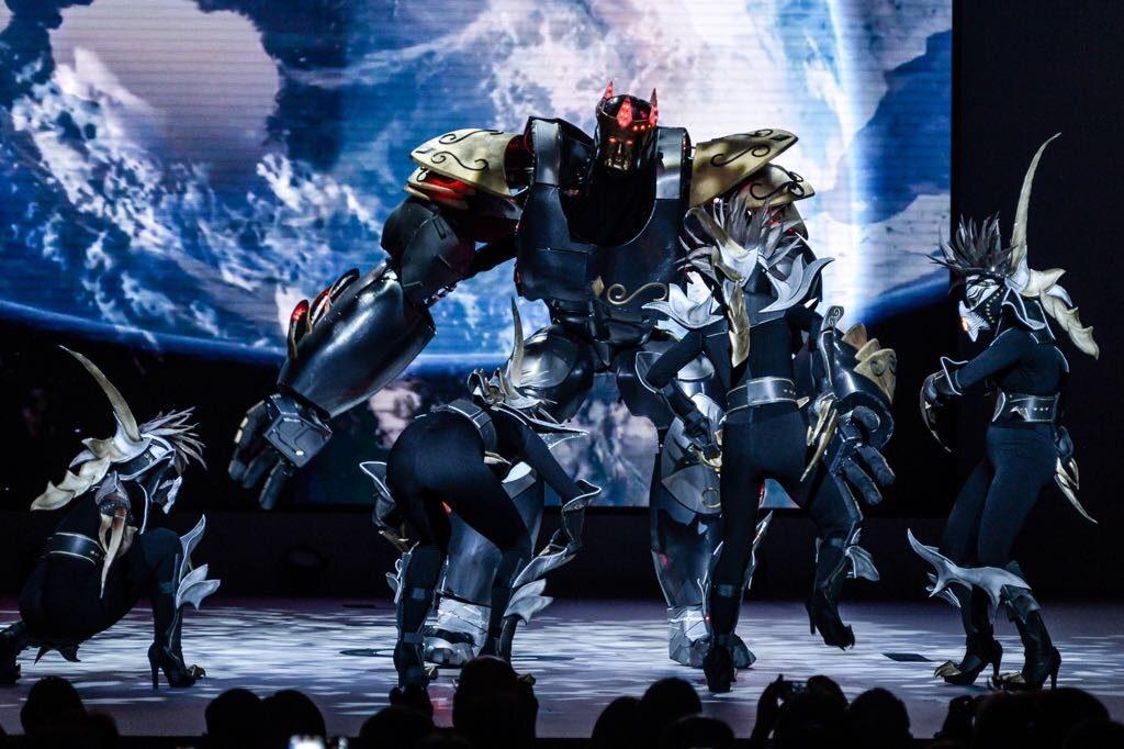 Dance-Industry Zeus