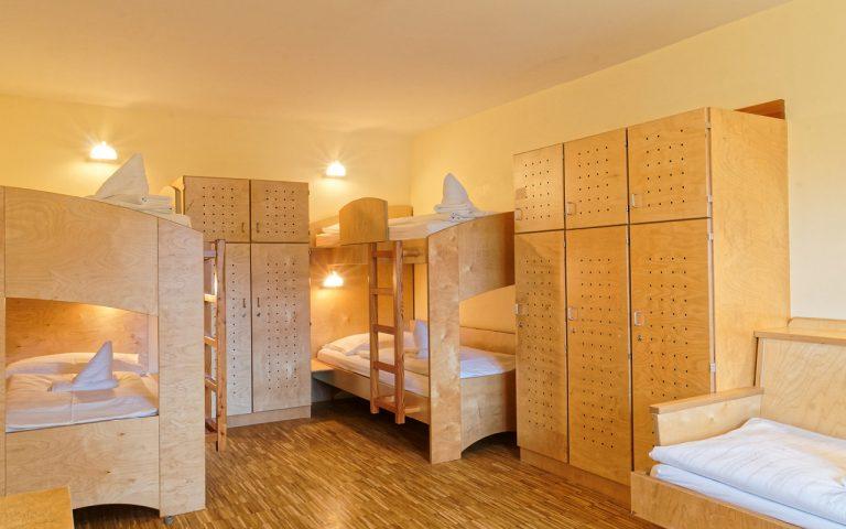 Velden-Fünfbettzimmer-Haupthaus-03