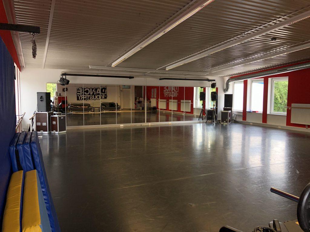 Dance Industry Saal